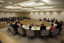 港湾管理条例改正、豊洲新市場整備について質問しました。